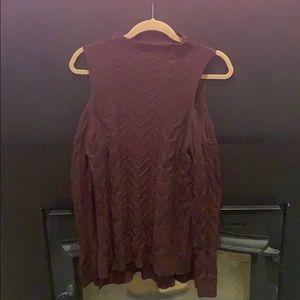 Cowlneck ling sleeve - shoulder exposed sweater
